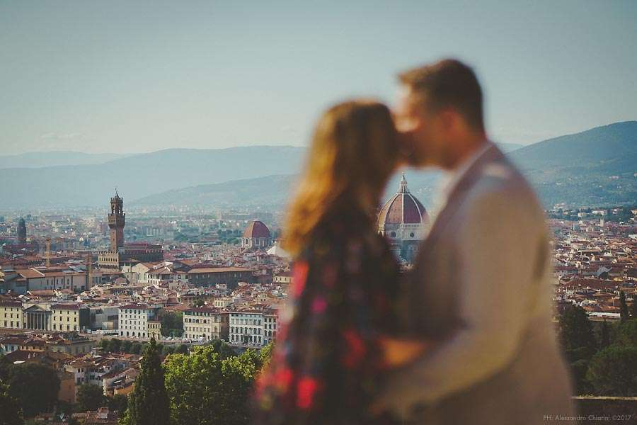 Engagement photographer Florence Italy