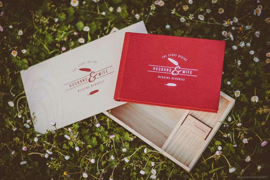 album di matrimonio con box in legno e chiavetta usb